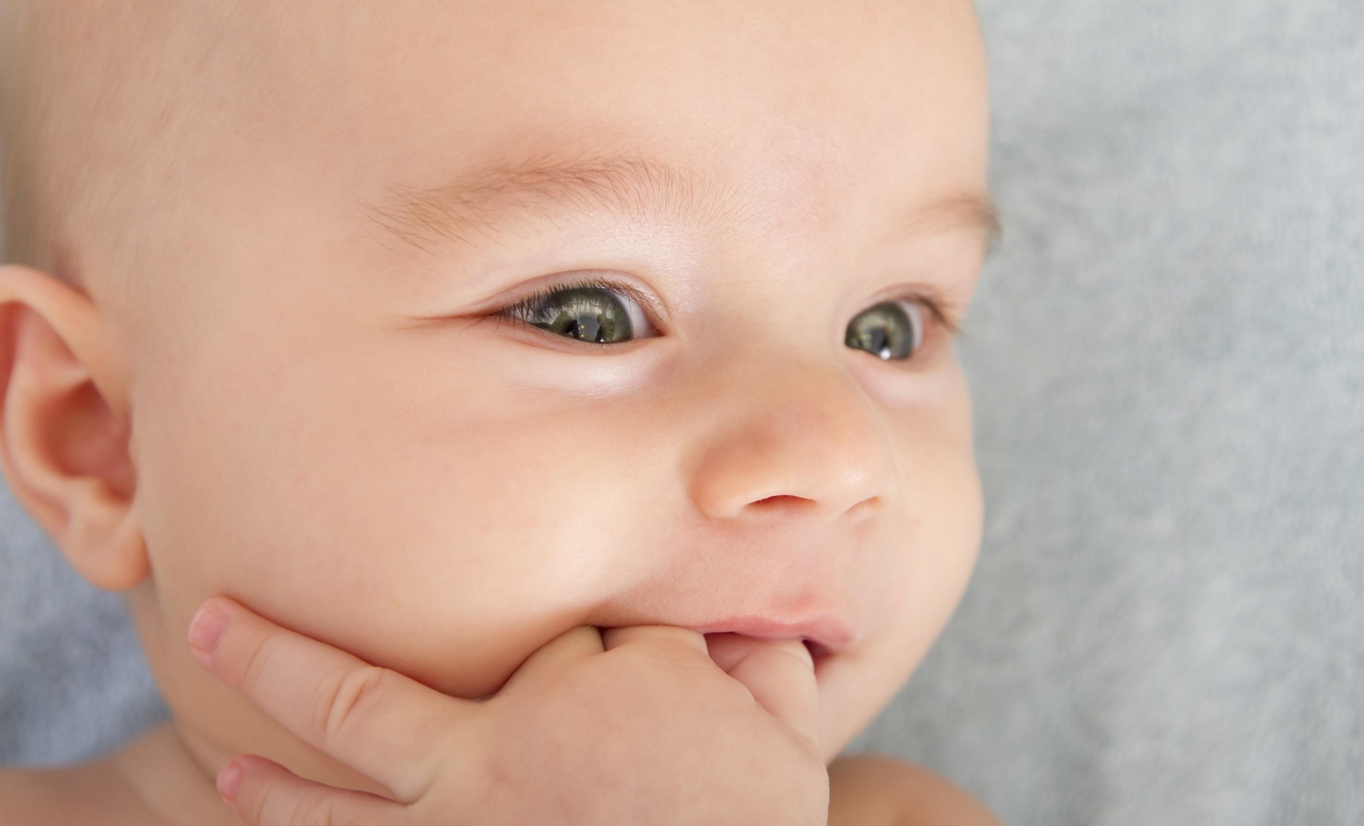Dentição: Crescimento dos dentes do bebê - Pediatra Curitiba - Clínica CMP