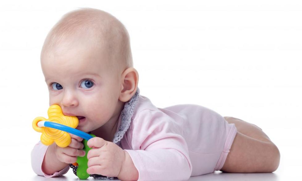 Dentição: dicas para diminuir as dores no bebê - Pediatra Curitiba - Clínica CMP
