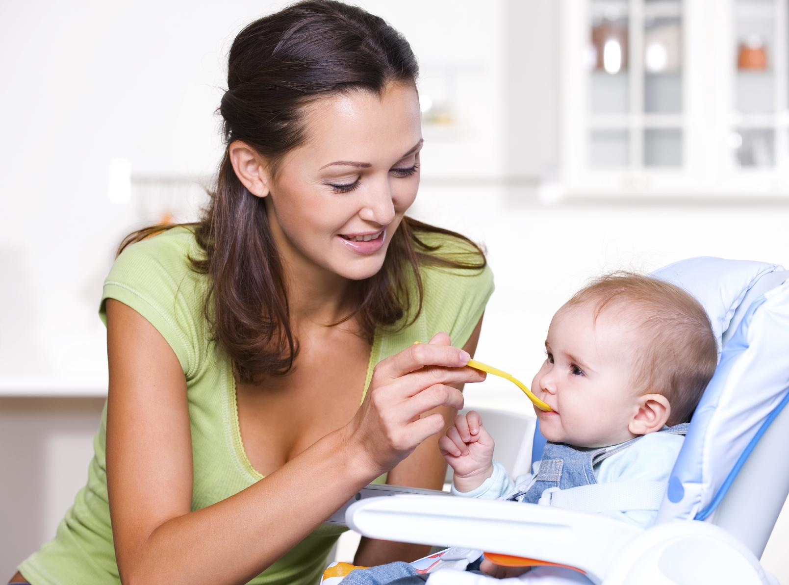 Cuidados com a alimentação do bebê - Pediatra em Curitiba - Clínica CMP